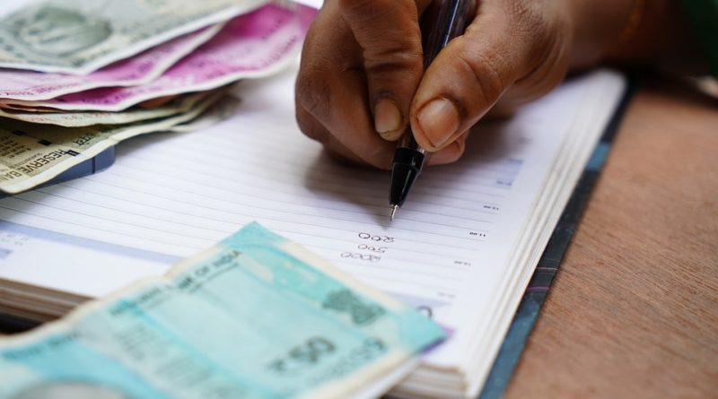 Než si vezmete půjčku od banky, požádejte své okolí