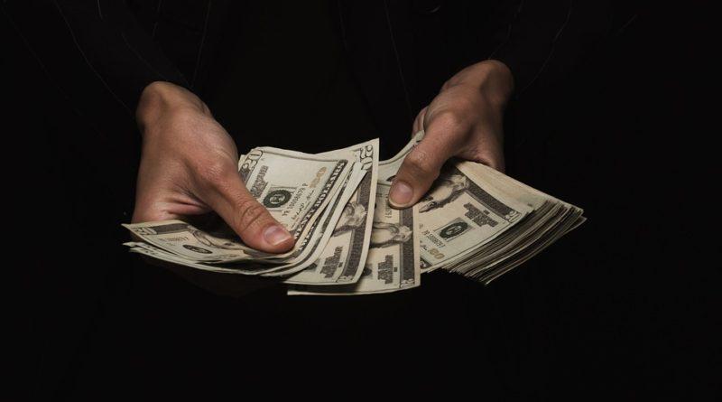 Jak efektivně hospodařit s výplatou? Rozdělte ji chytře